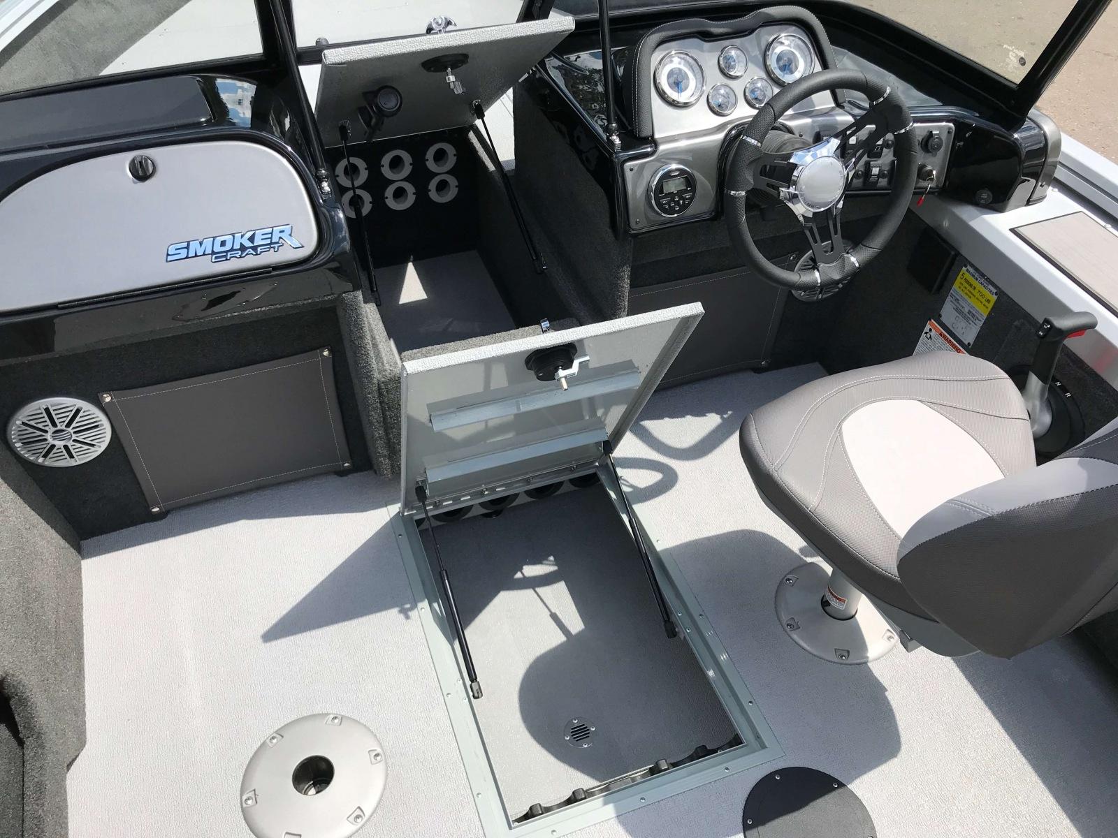 2019-SmokerCraft-162-Pro-Angler-XL-Fishing-Boat-17