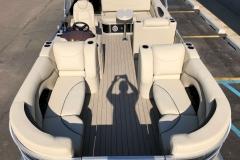 2019-Sylvan-8522-CLZ-Pontoon-Boat-Layout-1