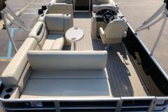 2019-Sylvan-8522-CLZ-Pontoon-Boat-Layout-2