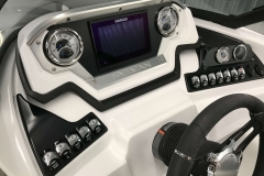 2019-Sylvan-S3-Cruise-Tritoon-Dash-With-Simrad-Screen