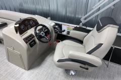 2020-Berkshire-20CL-LE-Pontoon-Captains-Chair-and-Helm