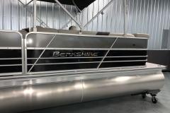2020-Berkshire-20CL-LE-Pontoon-Charcoal-Black-4