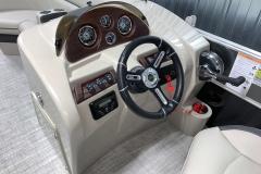 2020-Berkshire-20CL-LE-Pontoon-Drivers-Console-1
