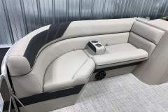 2020-Berkshire-20CL-LE-Pontoon-Interior-Seating-1
