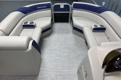 2020-Berkshire-22CL-LE-Pontoon-Boat-Interior-Seating-Layout-4