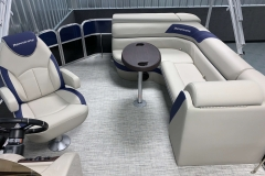 2020-Berkshire-22CL-LE-Pontoon-Boat-Interior-Seating-Layout-5