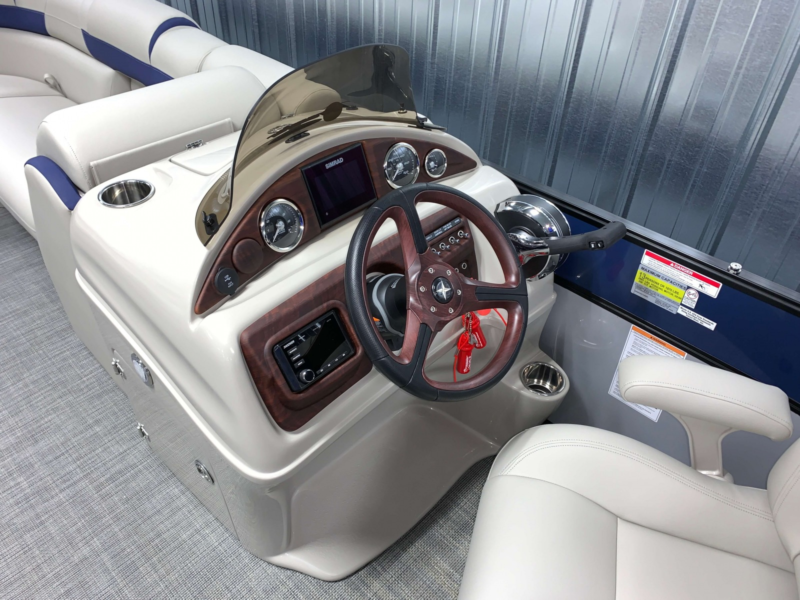 2020-Berkshire-23CL-STS-Tritoon-Boat-Dash-And-Helm-1