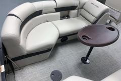 2020-Berkshire-23RFX-STS-Seating-Layout-8