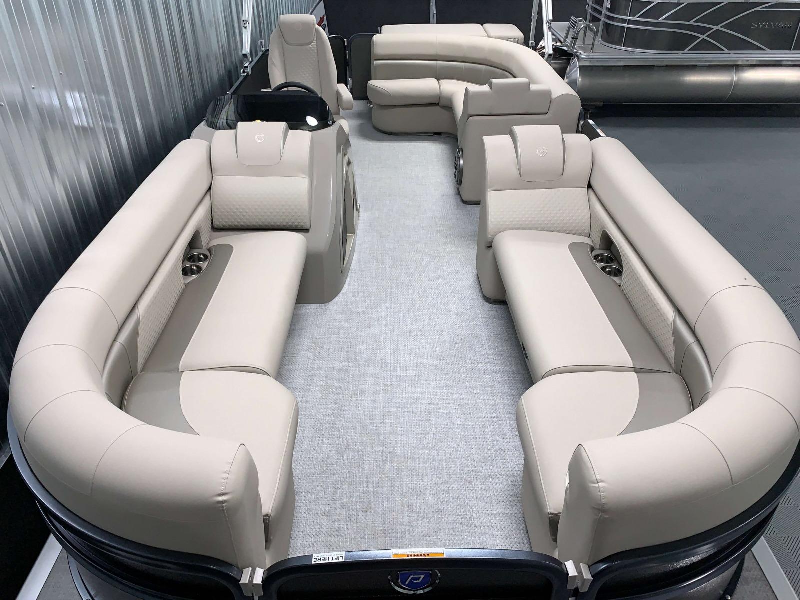 Paragon Vinyl Flooring of a 2020 Premier 220 Sunsation RE Pontoon Boat