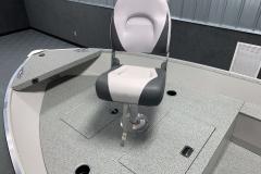 2020-Smoker-Craft-16-Angler-TL-Bow-Fishing-Chair