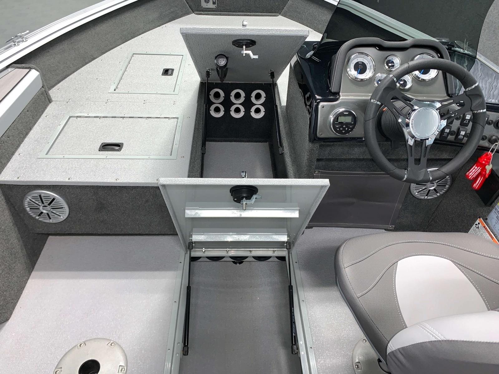 2020-Smoker-Craft-161-Pro-Angler-XL-Fishing-Boat-Subfloor-Rod-Storage