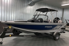 Fisherman's Top with Visor of a 2020 Smoker Craft 182 Explorer Fish And Ski Boat 2