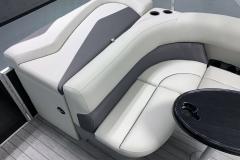 2020-Sylvan-Mirage-820-Cruise-Pontoon-Seating-3