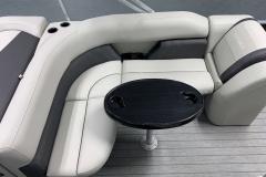 2020-Sylvan-Mirage-820-Cruise-Pontoon-Seating-4