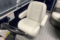 Captain's Chair of a 2021 Sylvan Mirage 820 Cruise Pontoon