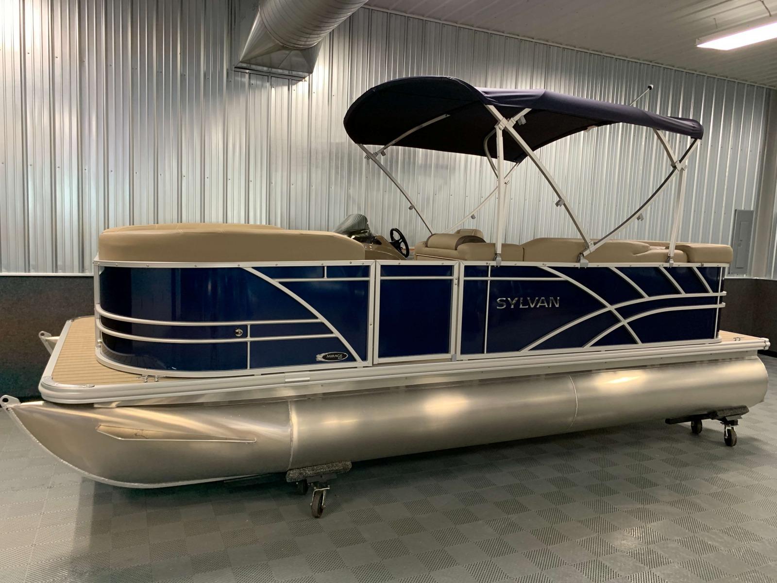2020-Sylvan-Mirage-820-Cruise-Pontoon-Blue-1