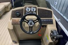 2020-Sylvan-Mirage-820-Cruise-Pontoon-Console-1