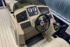 2020-Sylvan-Mirage-820-Cruise-Pontoon-Console-3