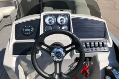 Drivers Console of a 2020 Sylvan Mirage 820 Cruise Pontoon 2