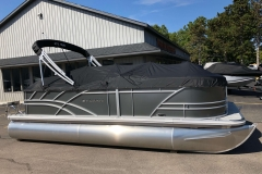 Black Playpen Cover of a 2020 Sylvan Mirage 820 Cruise Pontoon