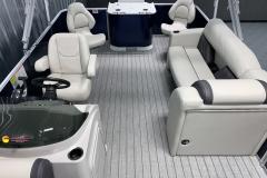 Interior Mid-Ship Layout of a 2021 Sylvan 8520 Party Fish Pontoon Boat