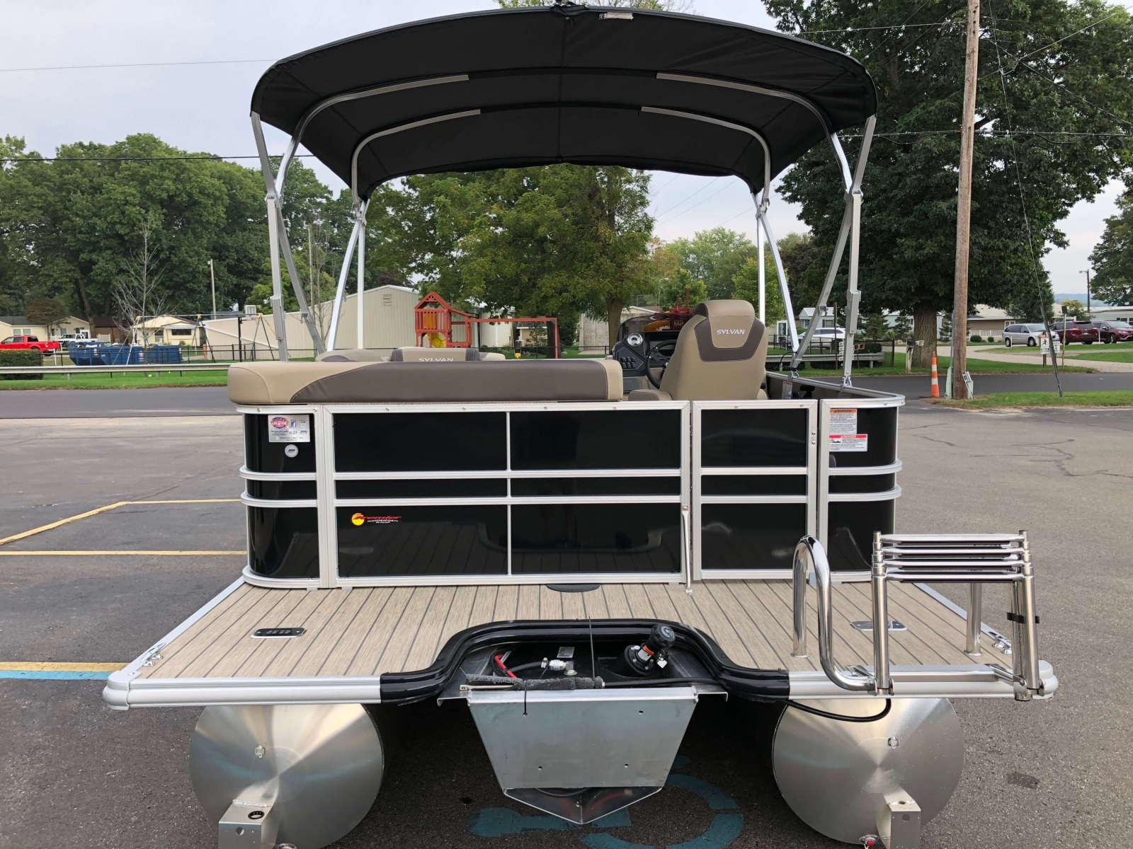 Extended Rear Swim Deck of a 2020 Sylvan L1 Cruise Pontoon