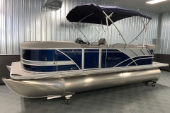 Blue and Silver Exterior of a 2020 Sylvan L1 Cruise Pontoon 1