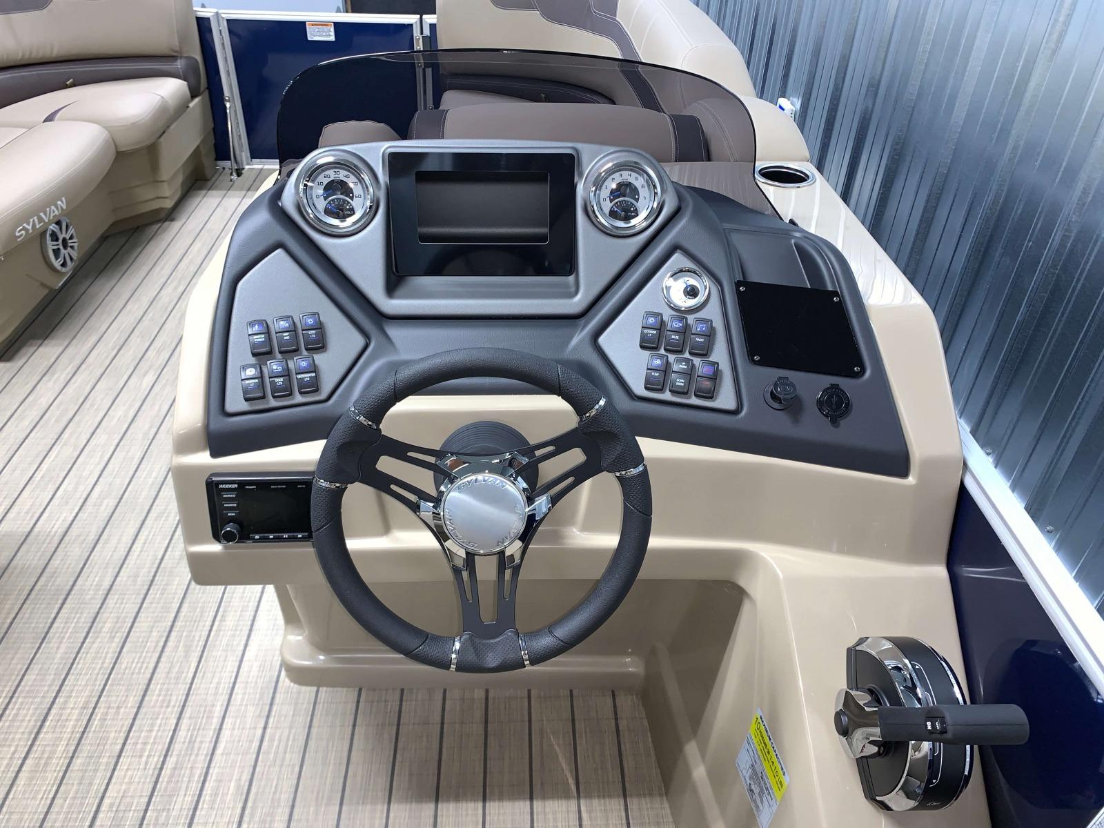 L Series Console of a 2020 Sylvan L1 Cruise Pontoon