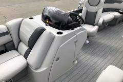 Helm and Captain's Chair of a 2020 Sylvan L1 LZ Pontoon 2