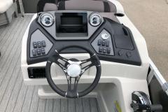 Drivers Console of a 2020 Sylvan L1 LZ Pontoon 1