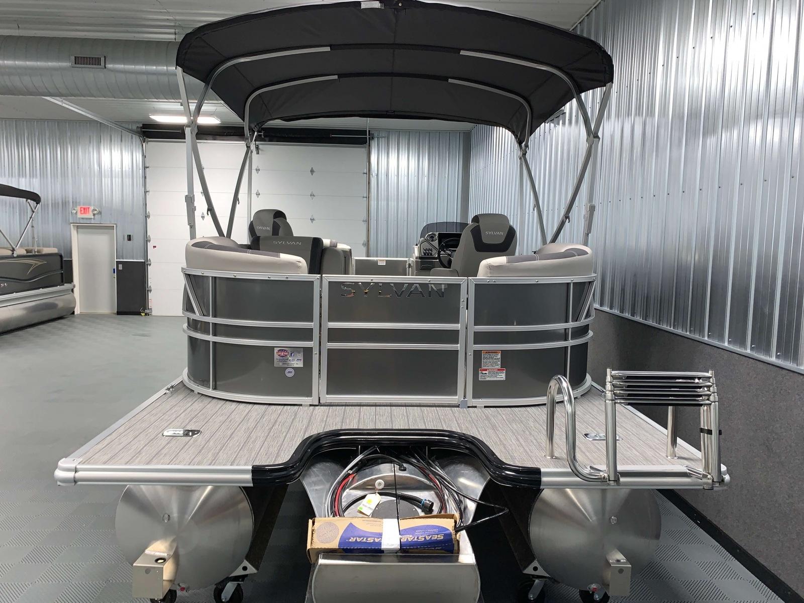 Extended Rear Swim Deck of a 2020 Sylvan L1 LZ Tritoon