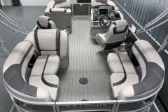 Interior Layout of a 2020 Sylvan L1 LZ Tritoon