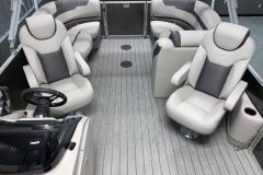 Interior Aft Layout of a 2020 Sylvan L1 LZ Tritoon