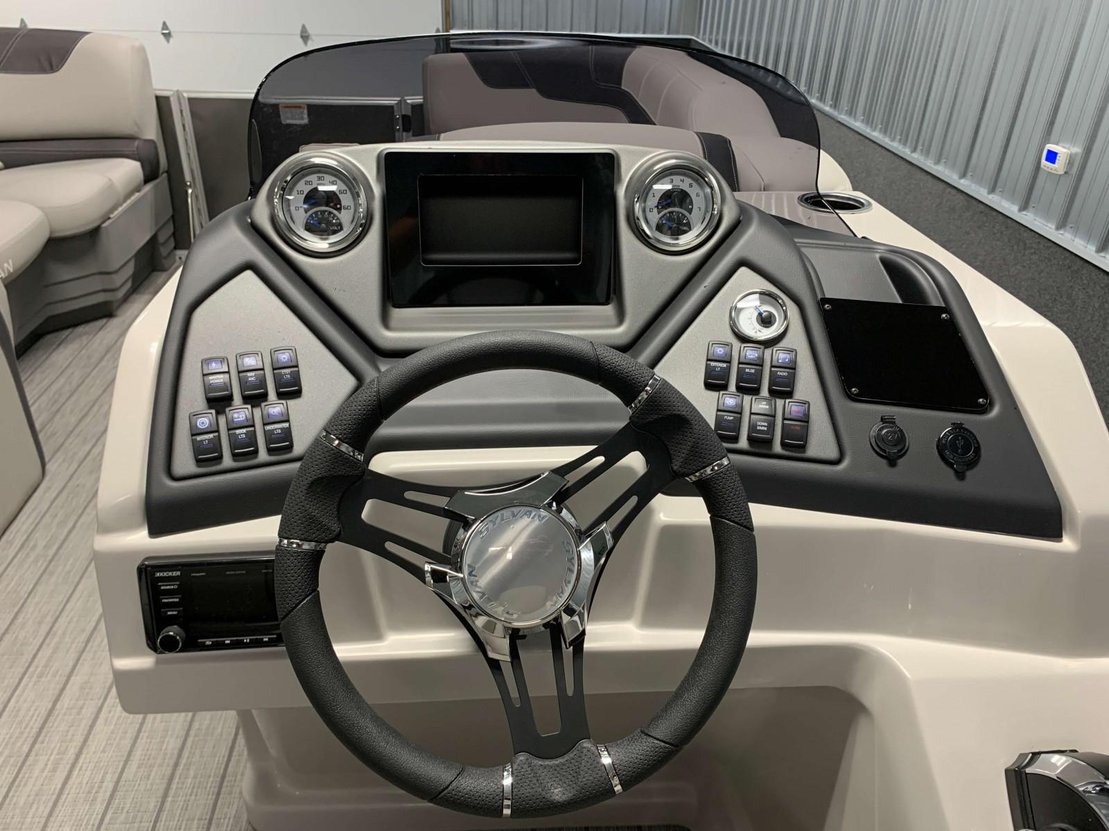 Drivers Console of a 2020 Sylvan L3 CLZ Pontoon