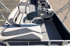 Interior Layout of a 2020 Sylvan L3 Cruise Pontoon