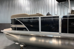 Black and Tan Exterior of a 2020 Sylvan L3 Cruise Pontoon 3