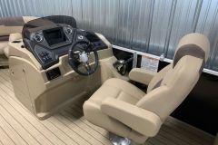 Helm and Captain's Chair of a 2020 Sylvan L3 Cruise Pontoon