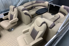 Interior Stern Layout of a 2020 Sylvan L3 Cruise Pontoon 1