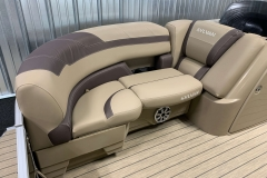 Soft Touch Vinyl of a 2020 Sylvan L3 Cruise Pontoon