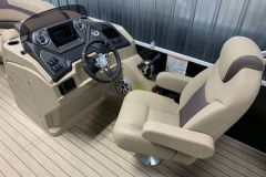 Helm and Captain's Chair of a 2020 Sylvan L3 DLZ Pontoon