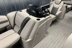 Helm and Captain's Chair of a 2020 Sylvan L3 LZ Pontoon 2