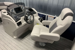 Helm and Captain's Chair of a 2020 Sylvan L3 LZ Pontoon 1