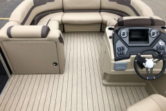 Portable Gate Filler Seat of a 2020 Sylvan L3 LZ Pontoon