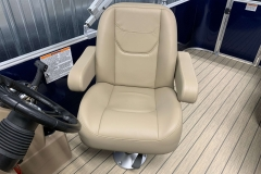 Captain's Chair of a 2020 Sylvan Mirage 8520 Cruise Pontoon