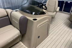 Helm and Captain's Chair of a 2020 Sylvan Mirage 8520 Cruise Pontoon 2