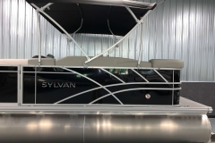 D-Rail Panel Design of a 2021 Sylvan Mirage 8520 Cruise Tritoon Boat
