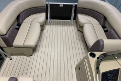Interior Bow Layout of a 2020 Sylvan Mirage 8520 Cruise Tritoon