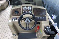 Bluetooth Jensen Stereo of a 2021 Sylvan Mirage 8520 LZ Tritoon Boat