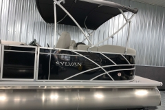 Sylvan Chrome Decal of a 2020 Sylvan Mirage 8520 LZ Tritoon Boat