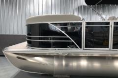 Silver D-Rails of a 2020 Sylvan Mirage 8520 LZ Tritoon Boat